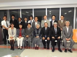 24.10.7温泉地方会理事長含む全員DSC00410.jpg